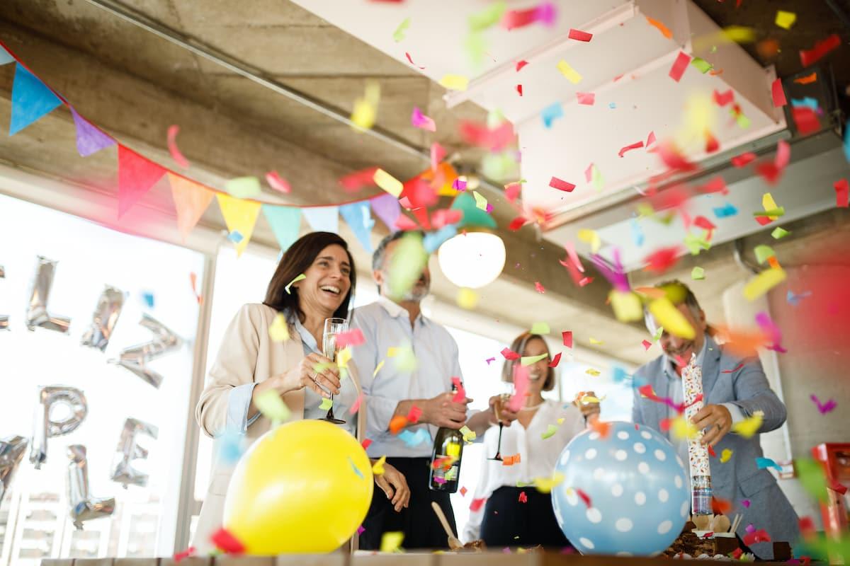 5 Ideas to Celebrate Employee Work Anniversaries