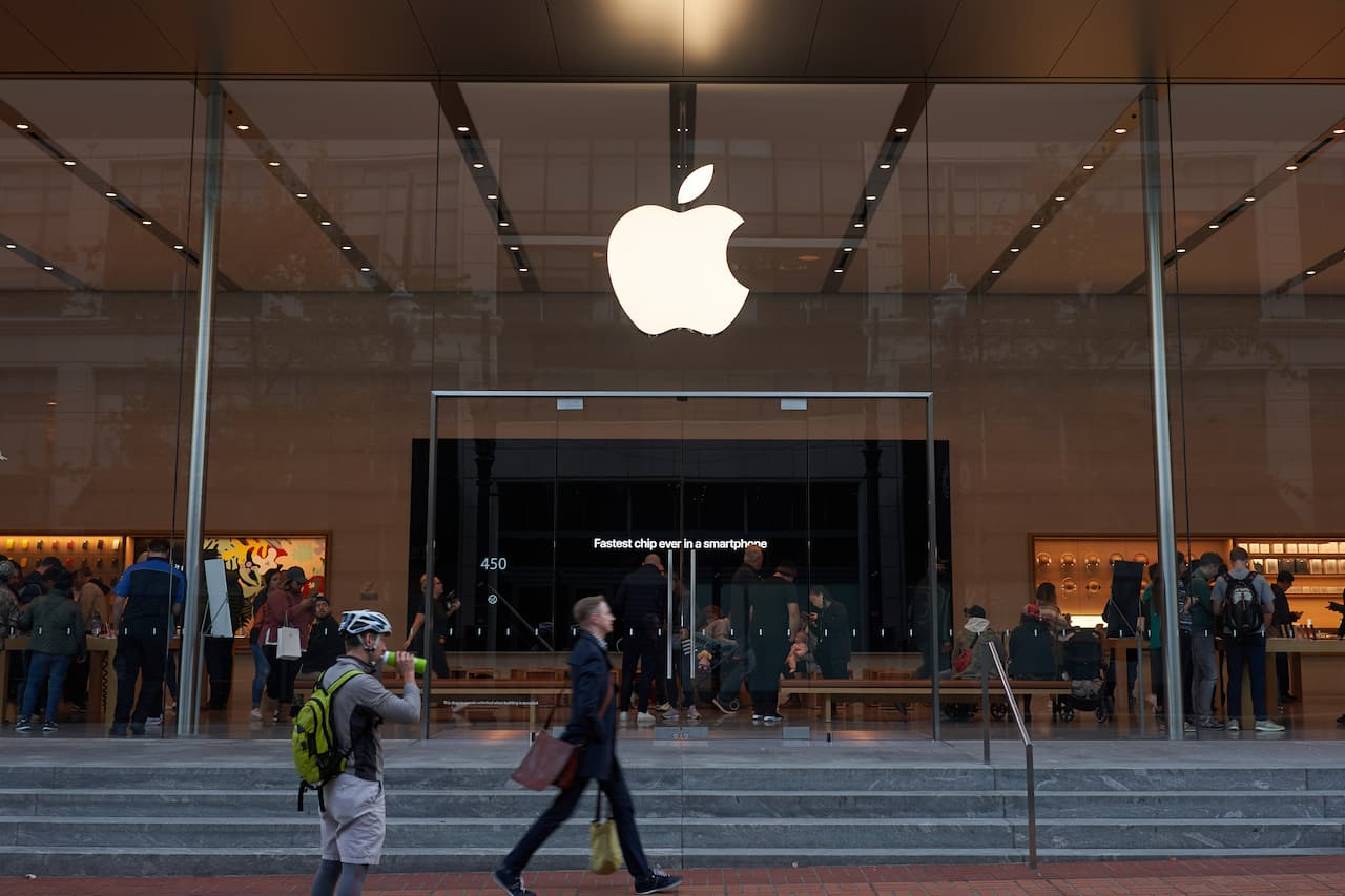 How Apple's Healthcare Ambitions Could Impact Employer Insurance
