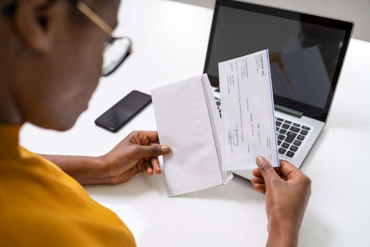 Salary Pay Calculator: How to Find the Right Range to Pay Employees