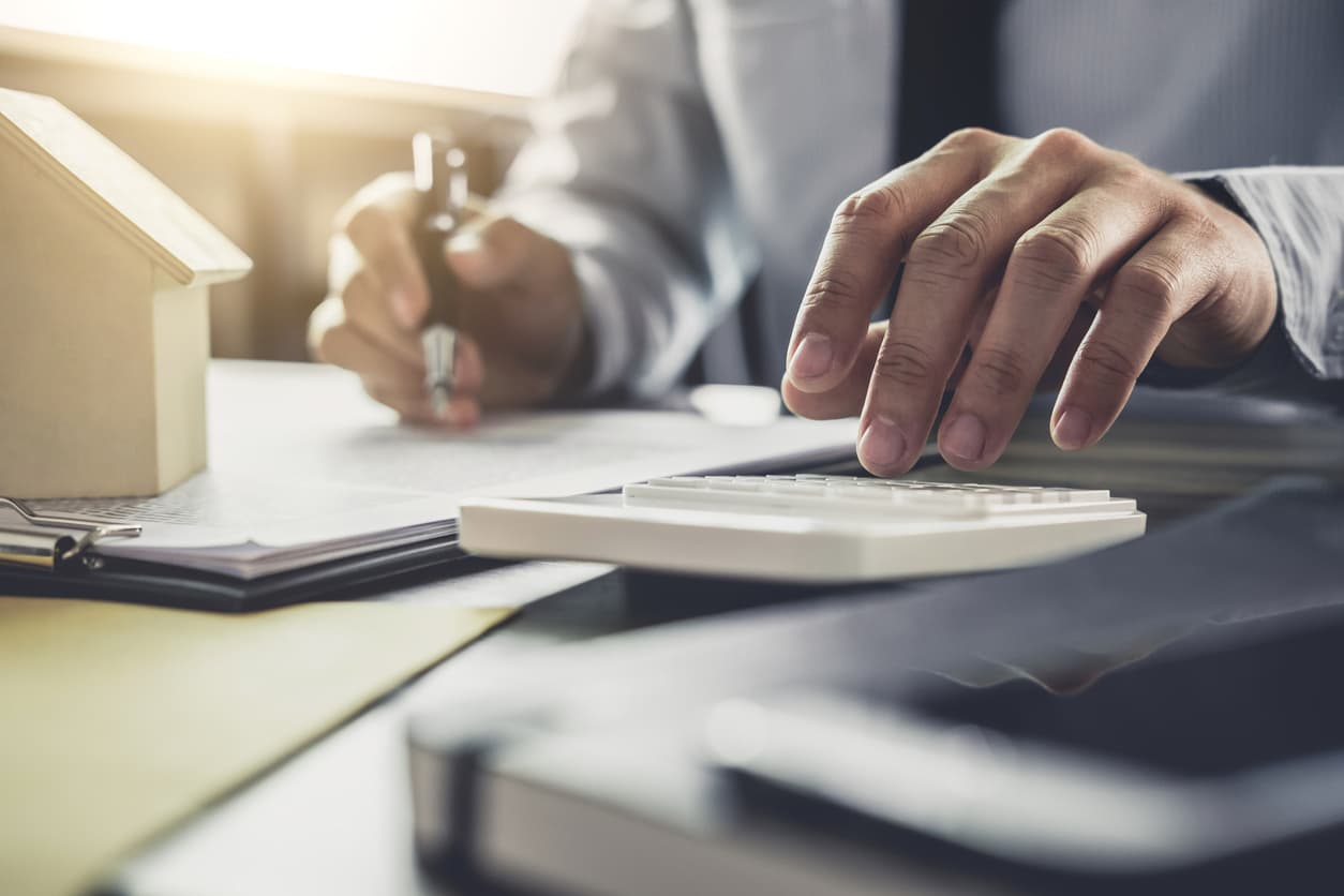 Are Employers Responsible for Withholding Employee Income Taxes?