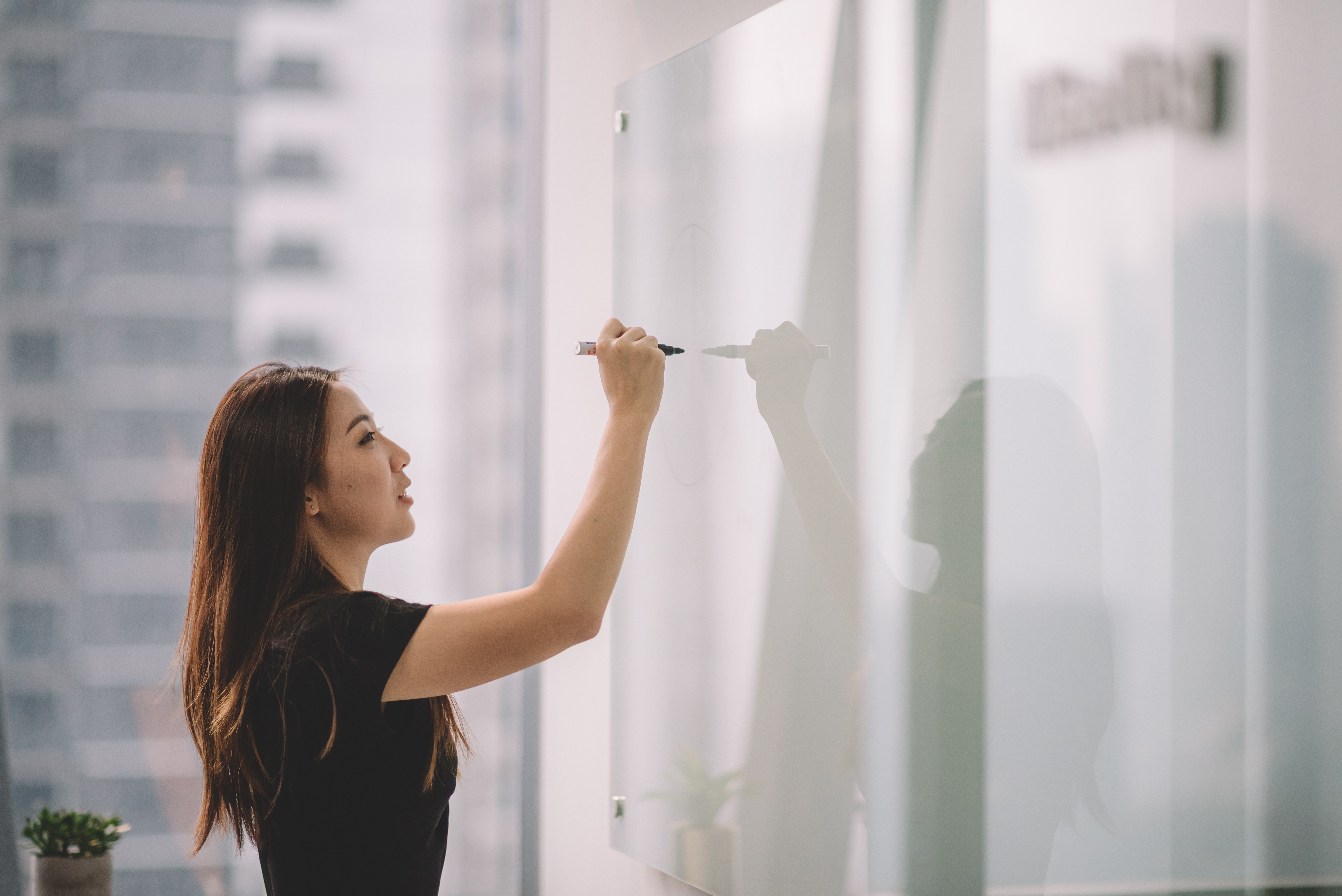 Five Ways to Set HR Goals to Improve Your Team and Career